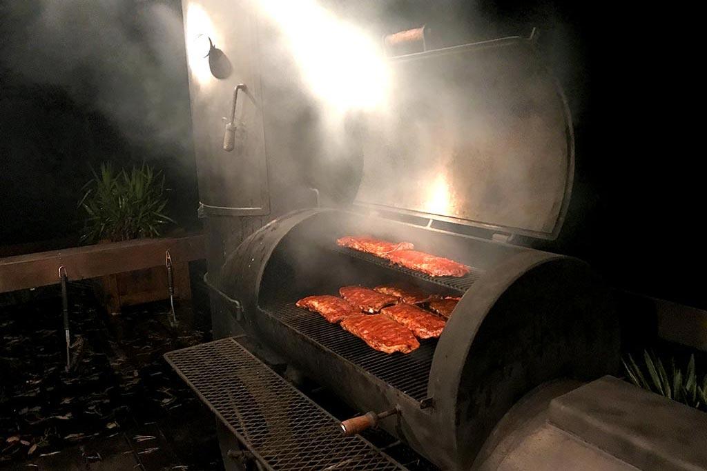 Showcooking am BBQ Smoker auf der MQ Ranch